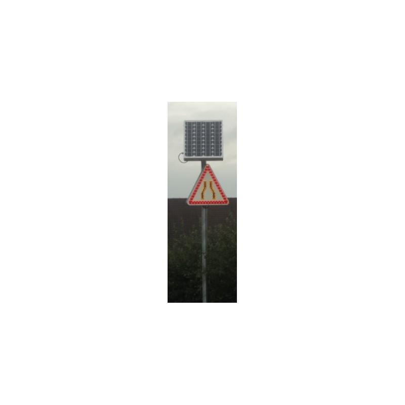 panneau de signalisation lumineuse pour la s curit routi re panneau renforc led. Black Bedroom Furniture Sets. Home Design Ideas