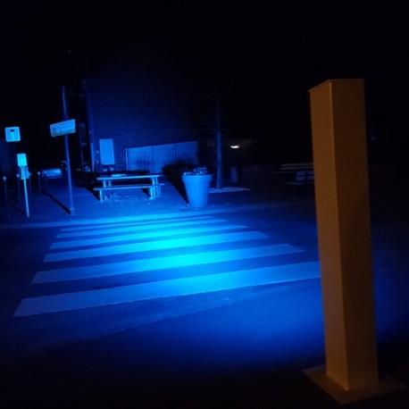 Potelet LED éclairage passage piéton.